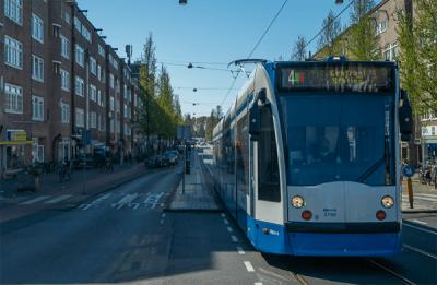 Advocatenkantoor-kouvarnta-tramhalte-amstelkade-rijnstraat